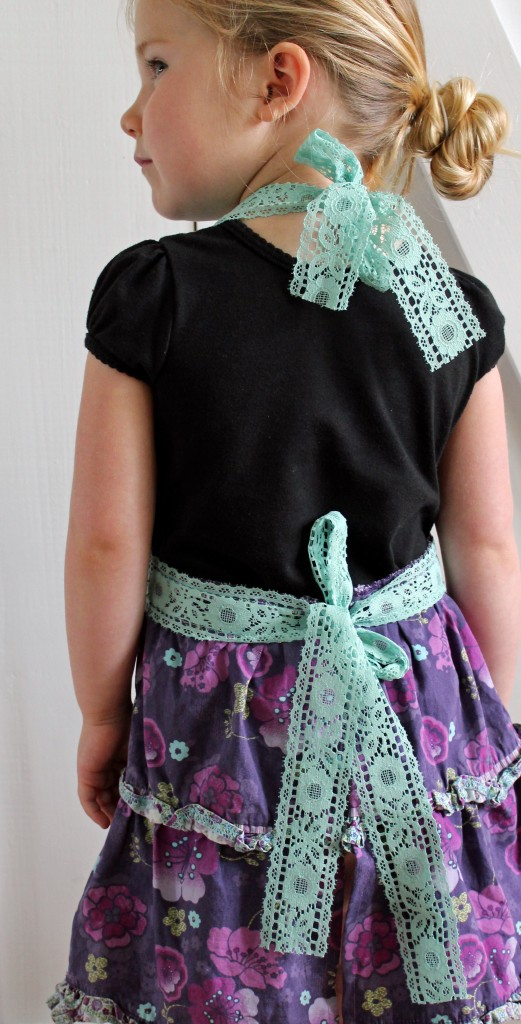 apron refashion 017