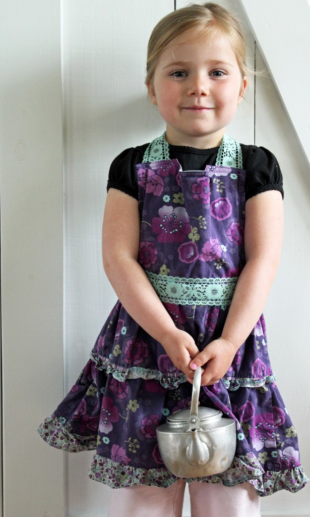 apron refashion 020
